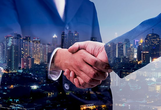 A Handshake Sealing a Partnership for Expert Product Representation